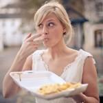 Fica terminantemente proibido comer alimentos altos em sódio uma semana antes do casamento