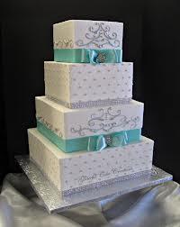 bolo de casamento moderno em branco e azul tiffany