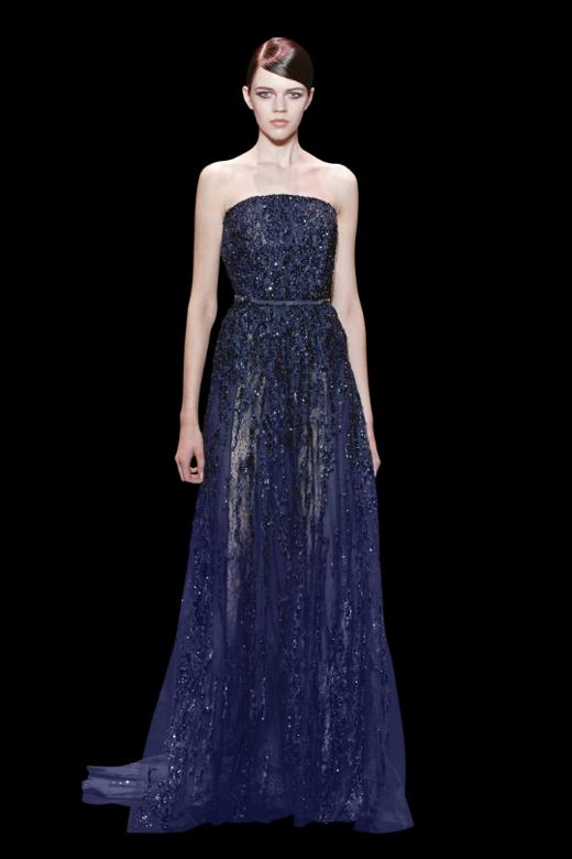 Extremamente elegante, o safira fica bem em qualquer design - vestidos para convidadas de casamento Elie Saab