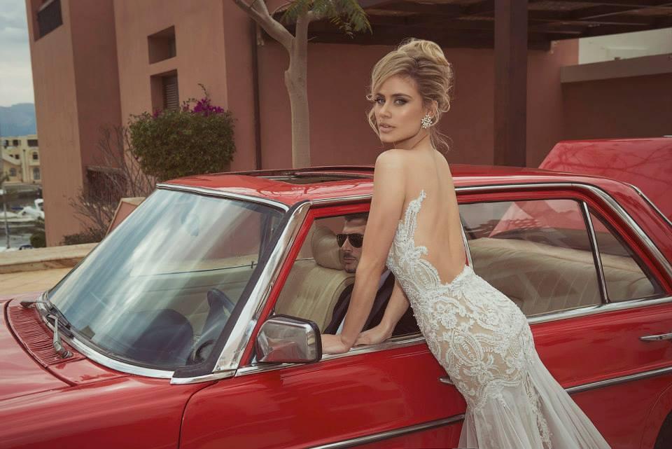 Vestido de noivas Tal Kahlon em corte sereia com decote nas costas. Perfeito!