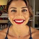 """Aprenda os melhores truques de maquiagem da diva Grazi Massafera com ajuda da """"Dica da Grazi"""", do Canal GNT."""