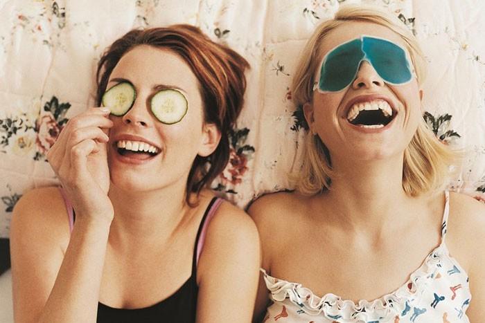 Um dia no spa com as amigas pode ser uma receita de sucesso para evitar decepções e estresse nos preparativos finais para o casamento! ;) Mais dicas de preparativos para o casamento para evitar decepções? Aqui!!