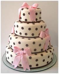 Torta de Casamiento de 4 pisos con fondant y lunares!
