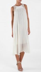 Otra variante original de esta tendencia en vestidos de novia plisados