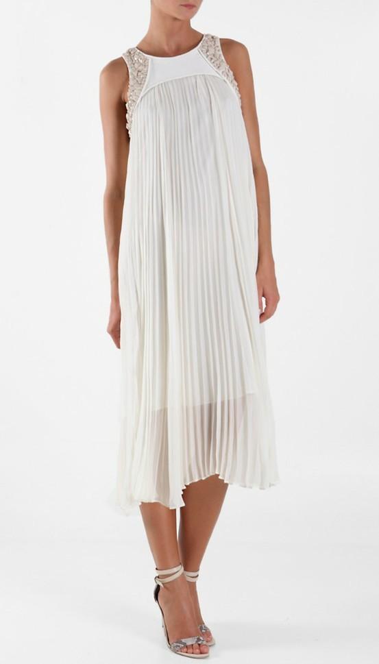 Otra variante original para un vestido de novia plisado