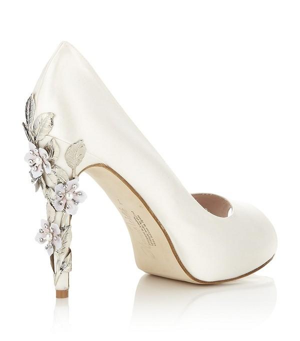 Zapatos de Novia 2013 en saten con punta abierta