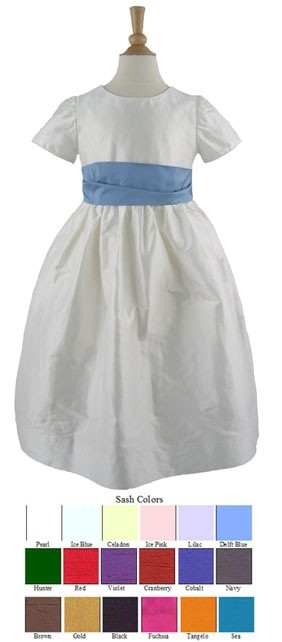 Vestidos de boda para niñas con diferente lazo