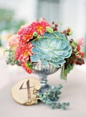 Decorar con flores los centros de mesa
