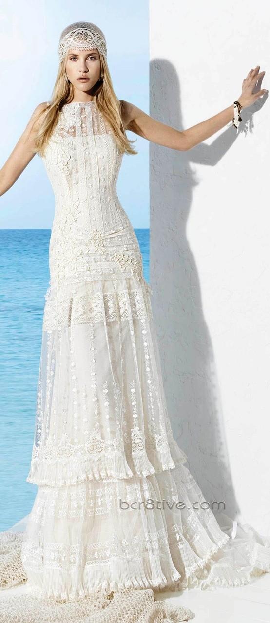 vestidos de novia ibicencos de la colección de Yolan Cris 2013