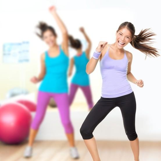 Siempre recuerda que debes elegir una actividad que te divierta, de esa manera quemarás calorías mientras te entretienes, adiós al sufrimiento de ir al gimnasio!