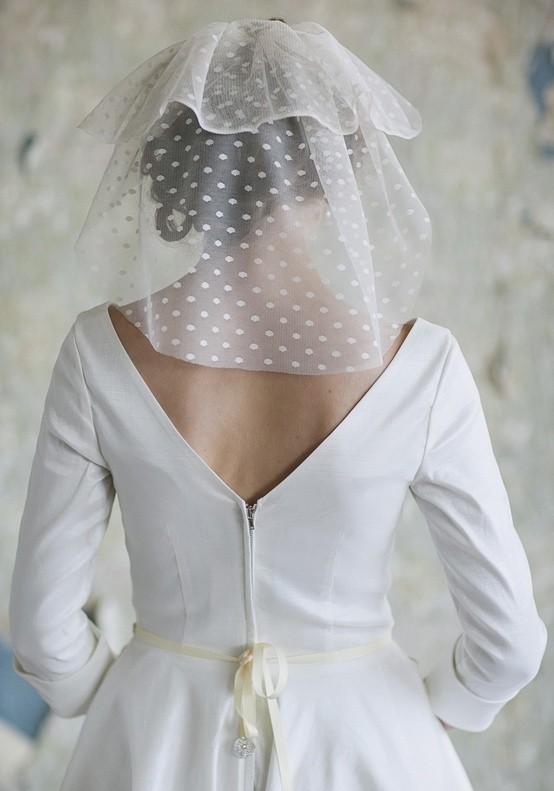 Un modelo de velo de novia en capas queda perfecto en novias de rostro pequeño