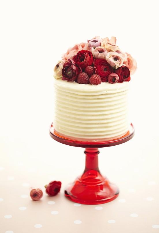 Foto de Tortas de casamiento con frutos rojos