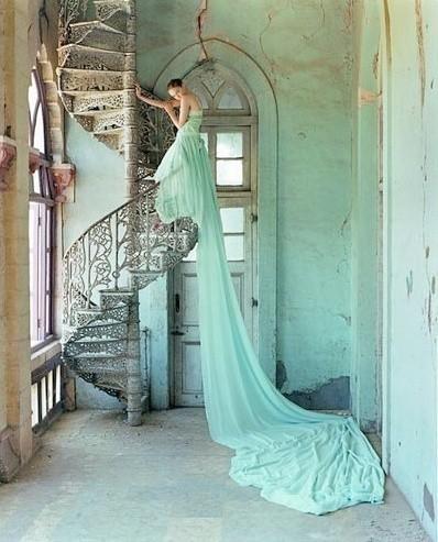 Los trajes de novia en verde menta marcan tendencia en el 2013 | imagen