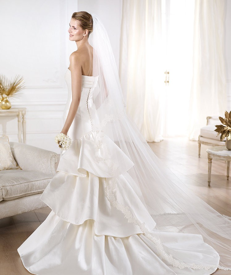 Vestidos de novia 2014 de Pronovias - Modelo Yency