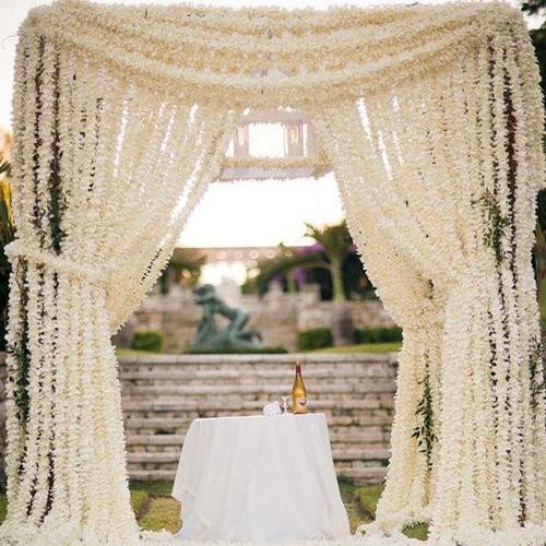 Jardines para bodas: Aprovecha las pérgolas como elementos decorativos