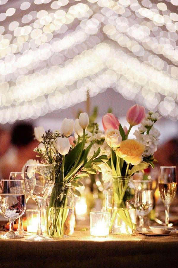 Boda al aire libre con iluminación: Una combinación de luces perfecta!