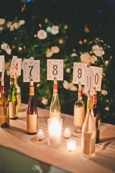 botellas de vino numeros de mesa