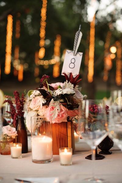 decoracion de mesas para bodas con flechas