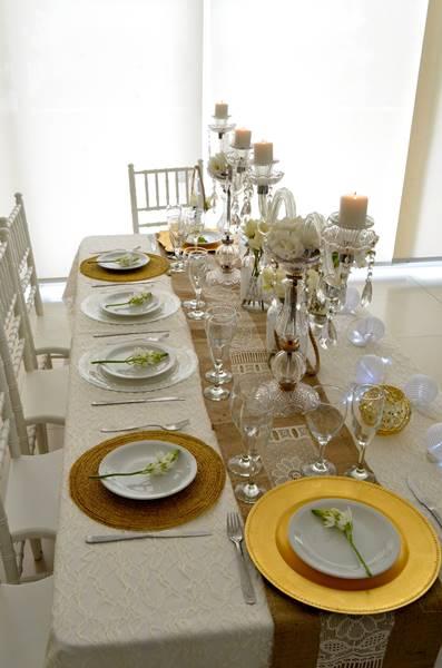 Detalles decorativos de una boda ecológica: Colores claros y llenos de elegancia - por Ramiro Arzuaga