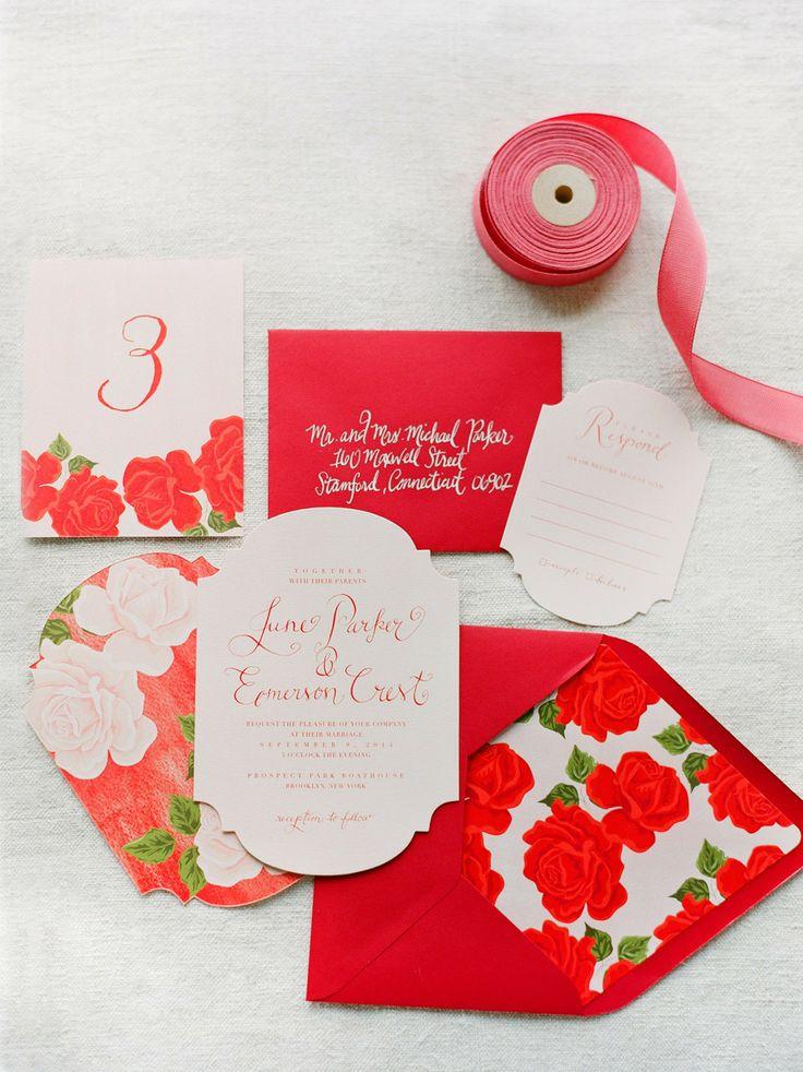 Decoración de boda en rojo: Una invitación con el color más romántico de todos!