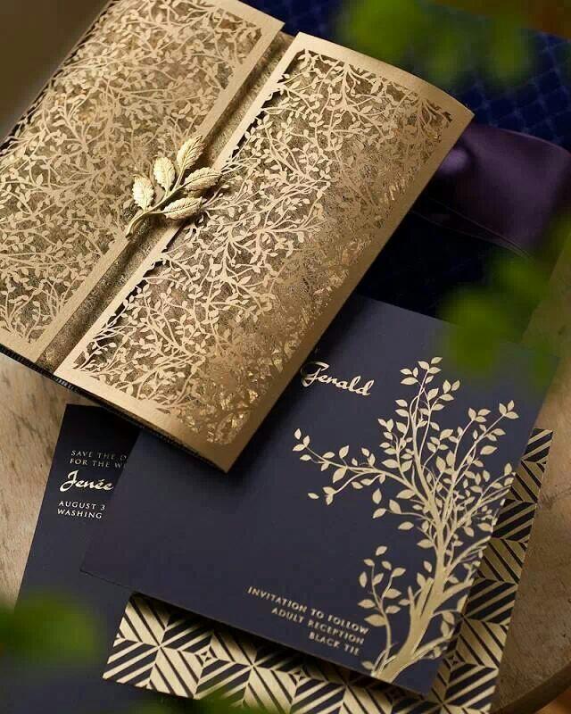 Invitaciones de boda originales: Invitación cortada con láser
