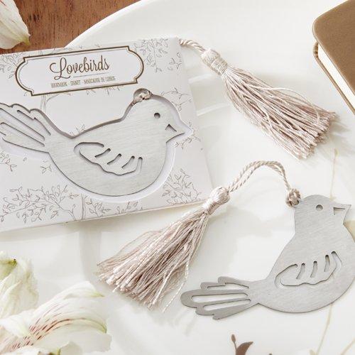 Marcadores de hojas en forma de pájaro. Souvenirs inspirados en el estilo del festejo