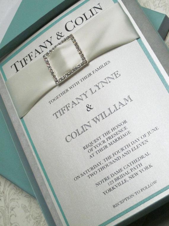 Invitaciones en cajita inspiradas en Tiffany