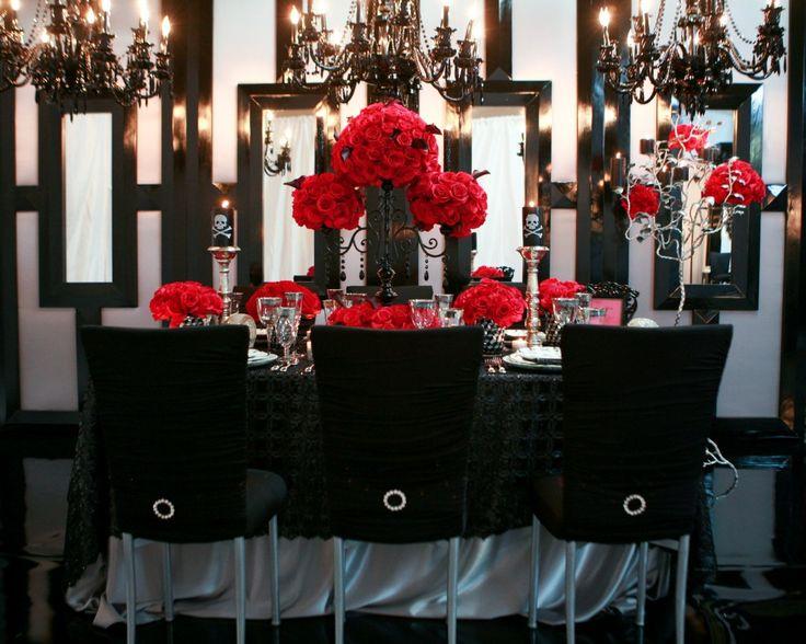 Contraste del color negro y rojo para decoracion estilo glam rock le da un look edgy pero muy sexy