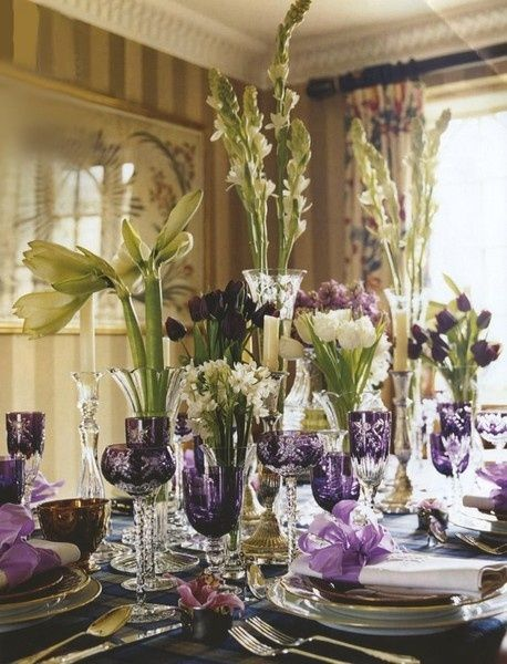 El color malva siempre otro de los preferidos por todas en las decoraciones de mesas