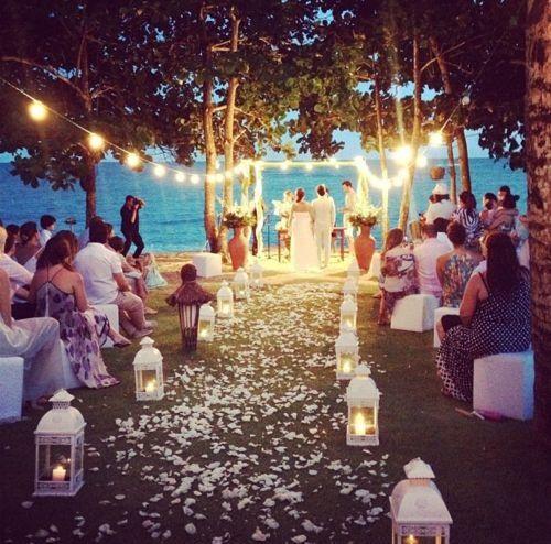 Puedes elegir un escenario como ésta para tu boda romántica