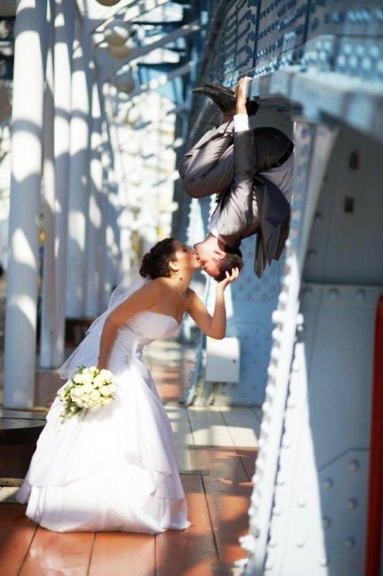 Un beso de película para sellar todo lo que no decimos con palabras | Texto para invitaciones de boda: ¡los mejores ejemplos!