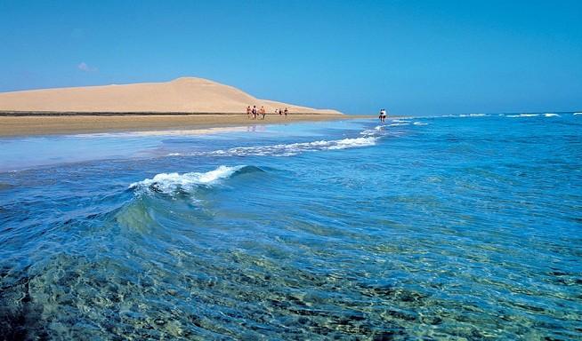 Playa Maspalomas con arena propia del desierto | Islas Canarias | Las mejores playas de España para boda o luna de miel