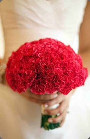 Los claveles simbolizan la pasión en los ramos de novia