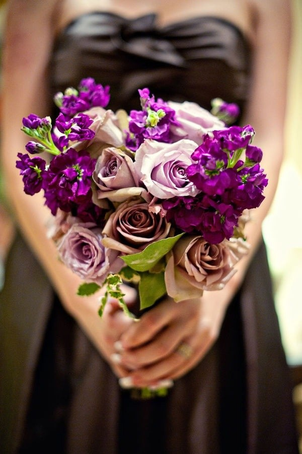 ¿Te gustan las rosas?, aquí tienes un ramo original en tonos malva