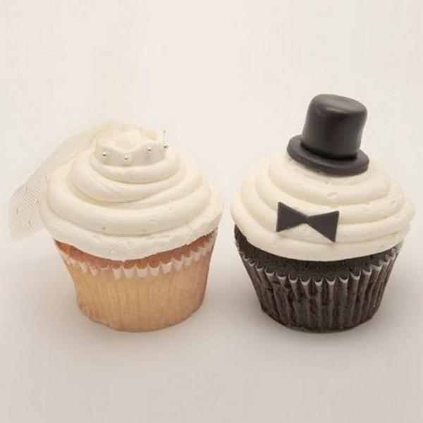 Cupcakes personalizados para el novio y para la novia