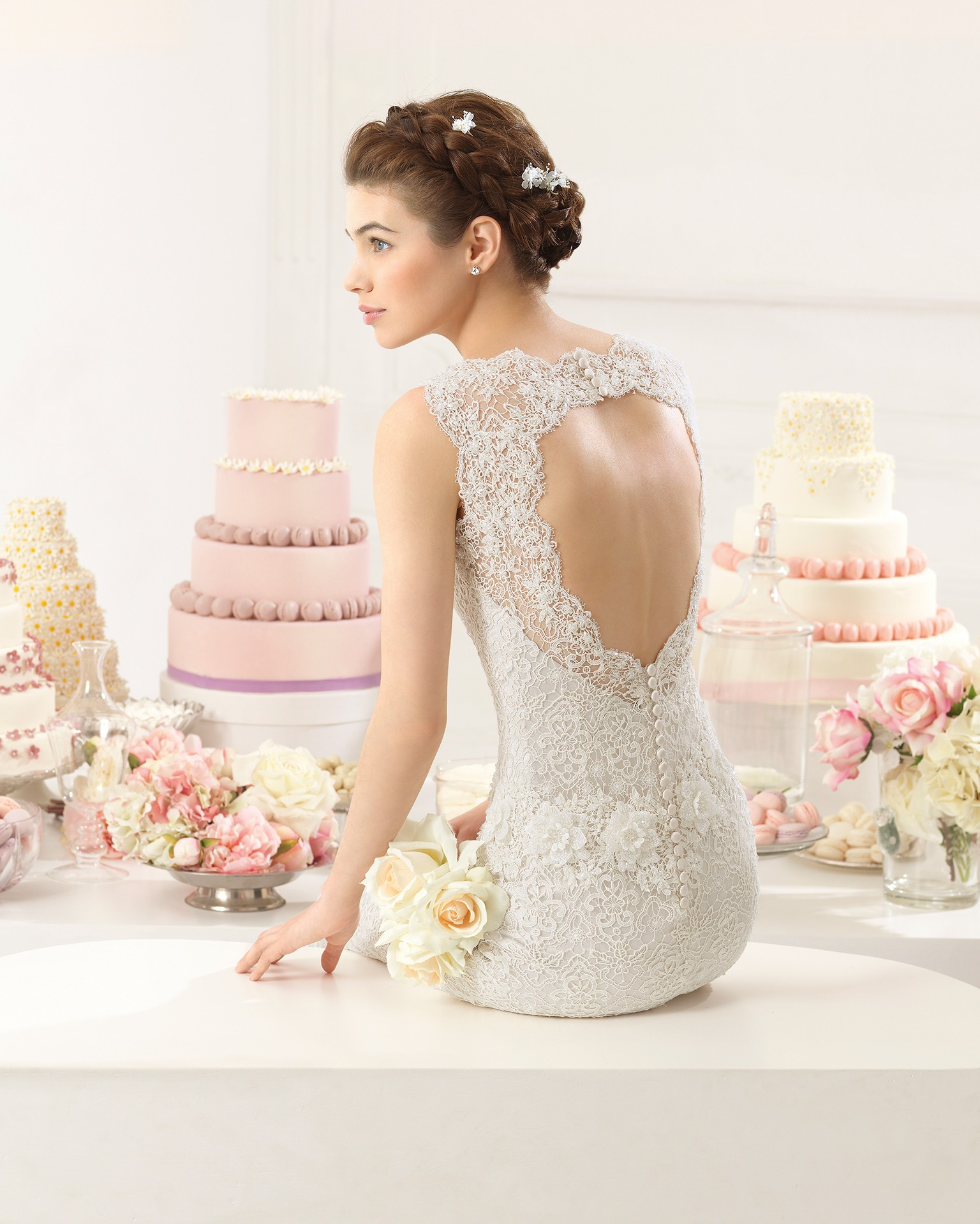 Escote en la espalda para novia con forma de corazón