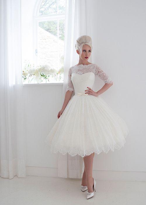 Falda de capas para un vestido de novia discreto y precioso