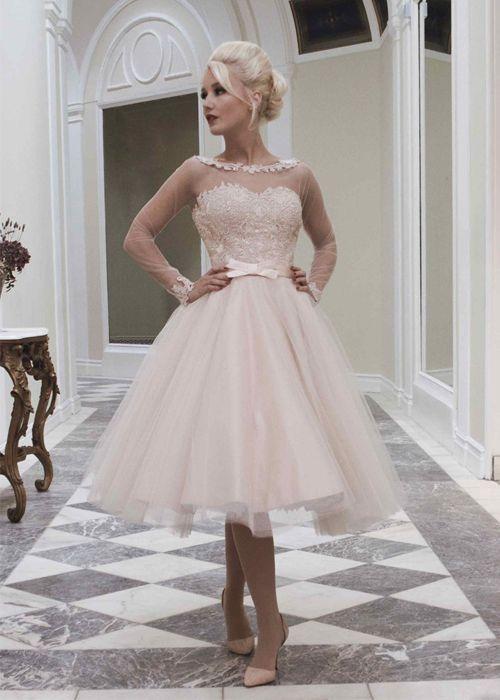 ¿Te gusta el color rosa para tu vestido de novia corto?