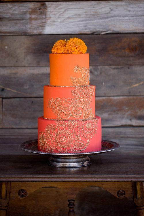 Tres pisos para una tarta de fresa y naranja. ¡Qué dulce bocado!