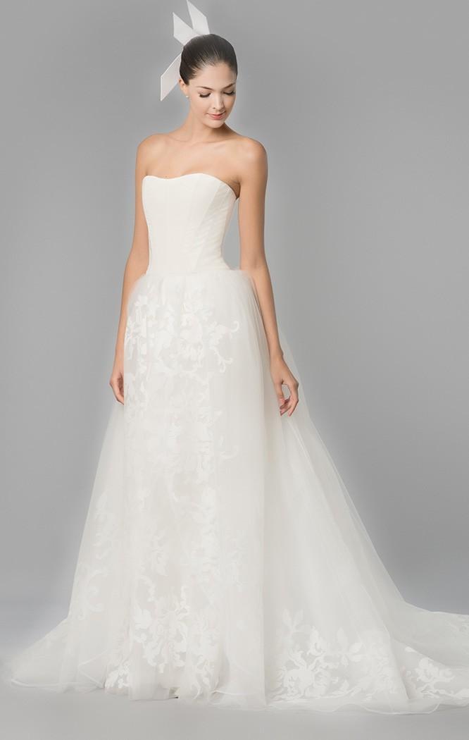 El corte strapless seguirá siendo el protagonista de los vestidos de novia