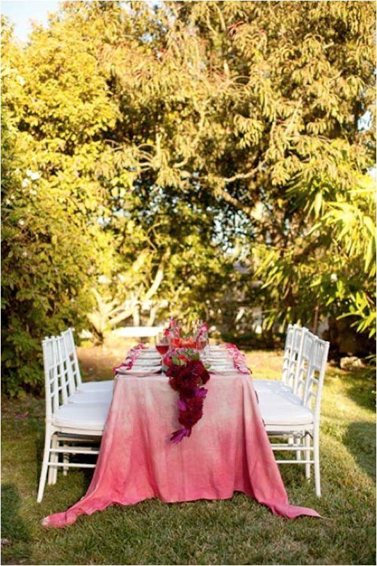 Mantel en color rosa degradé para las bodas más actuales