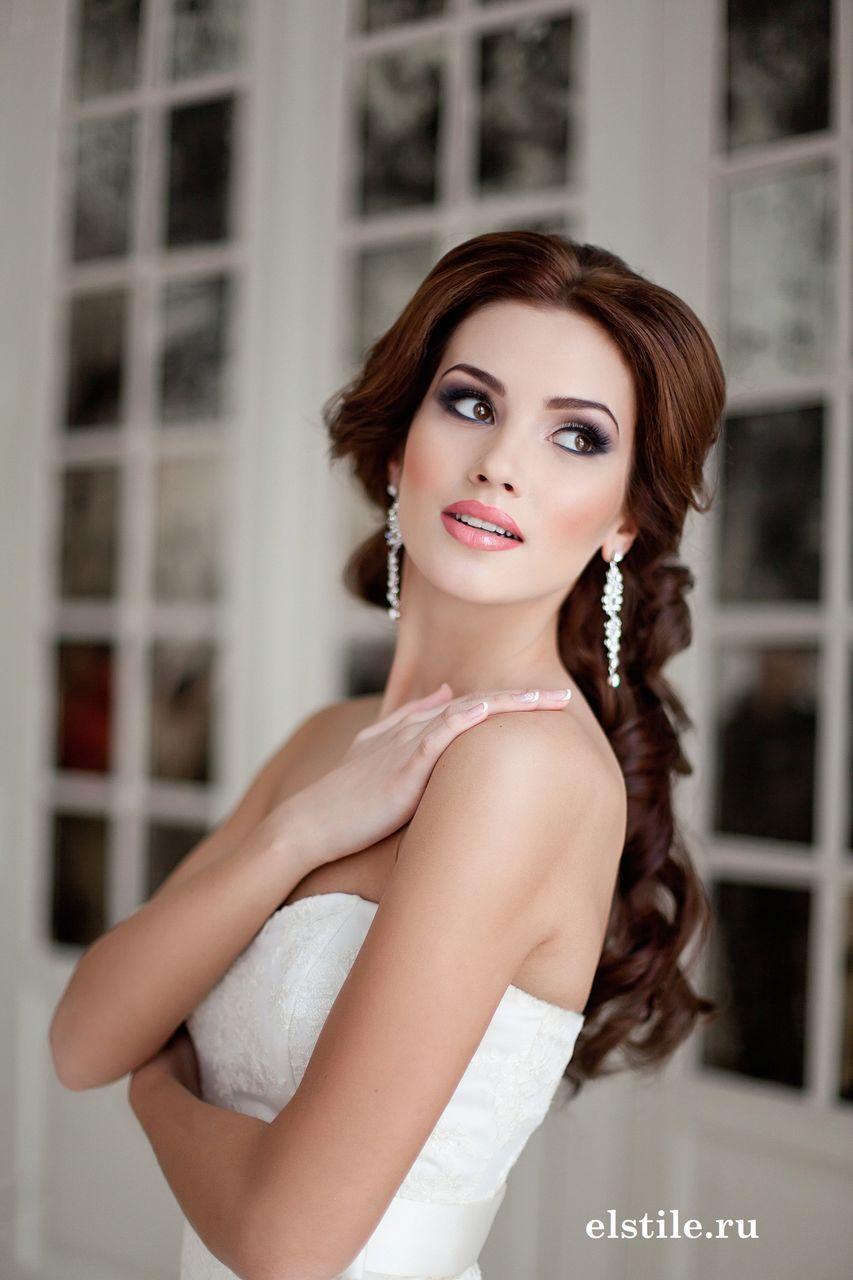 Un simple gesto hace que una novia se vea mucho más favorecida en las fotos