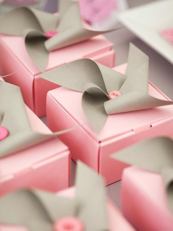 Cajitas adornadas con sorpresa en su interior