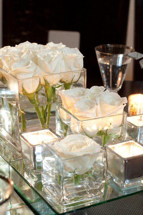Romanticismo y un aroma especial para las rosas en agua