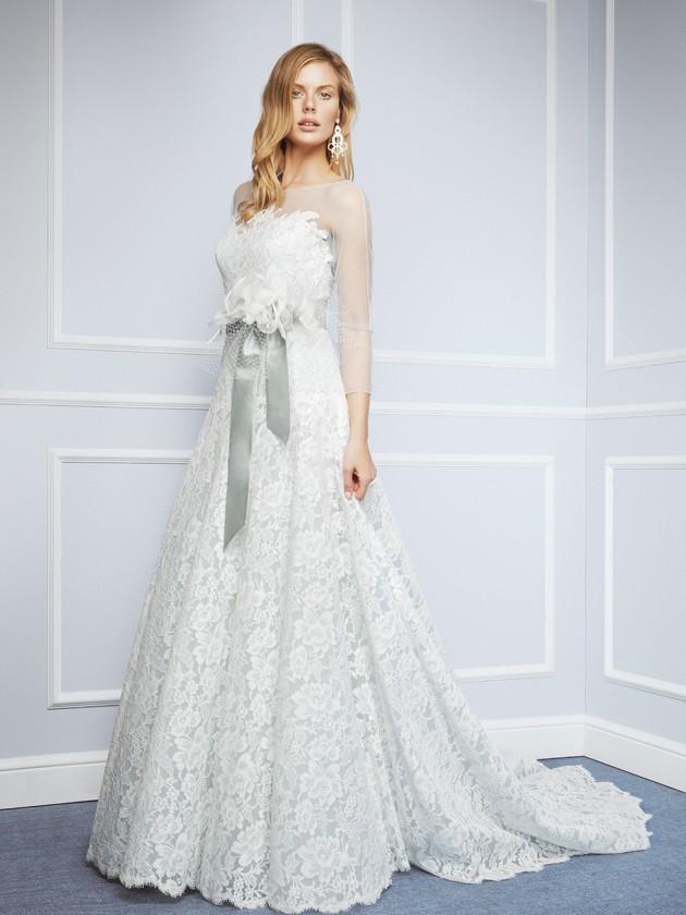 Las pinceladas de color deslumbra en los trajes de novia