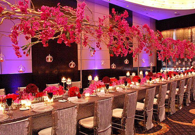 Las flores son protagonistas de la decoración de boda