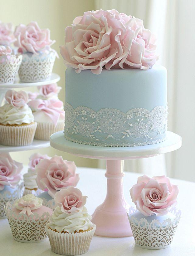 Tarta y cupcakes de estilo vintage