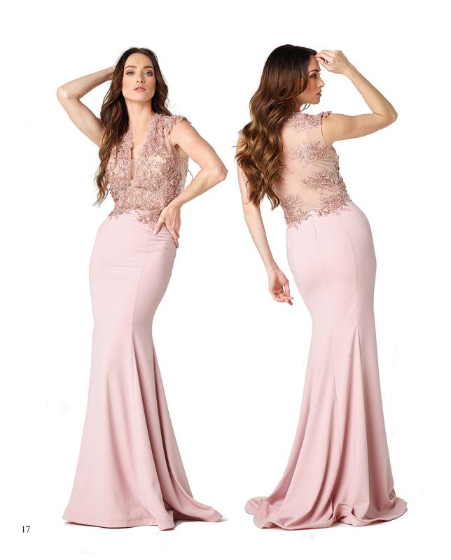 El rosa se mezcla con los encajes más sensuales y las telas más ligeras