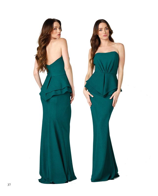 Vestido largo en verde y con corte peplum
