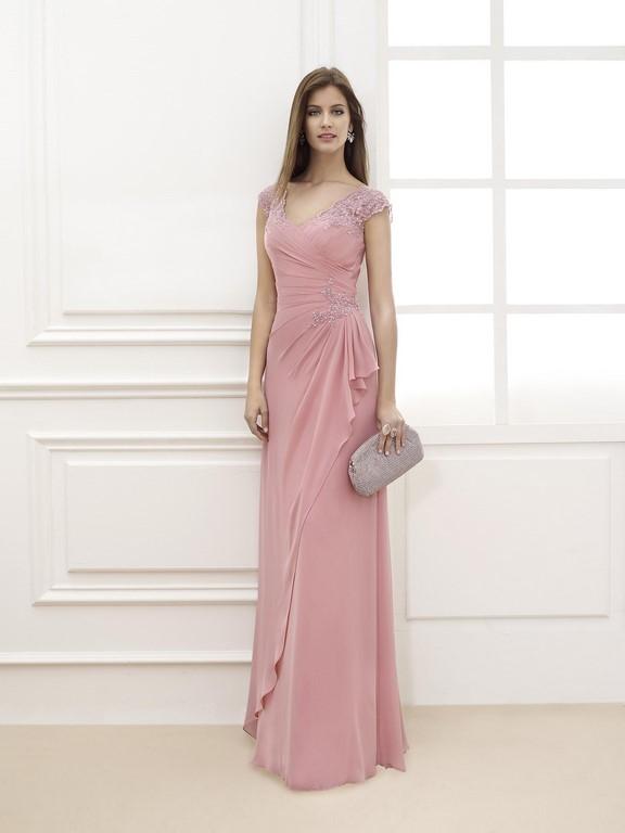 Para las madrinas, un vestido como éste puede ser una gran opción